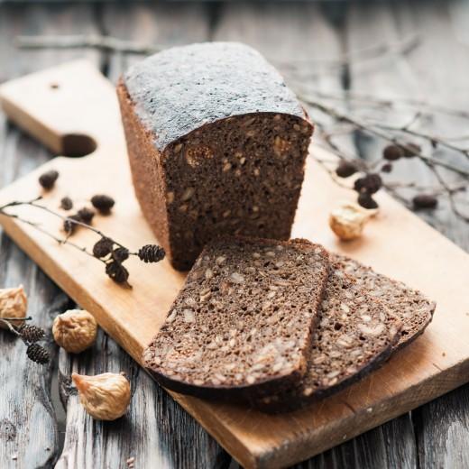 Ржаной хлеб с семенами