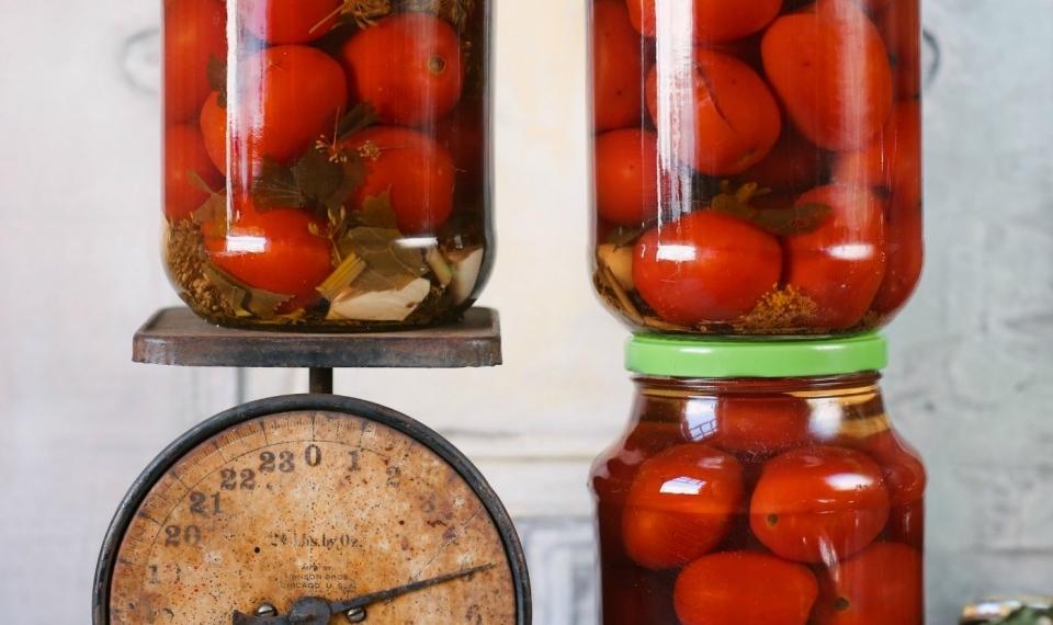 Рецепт маринованных помидор не на зиму