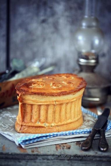 Пирог из копченой индейки и фасоли