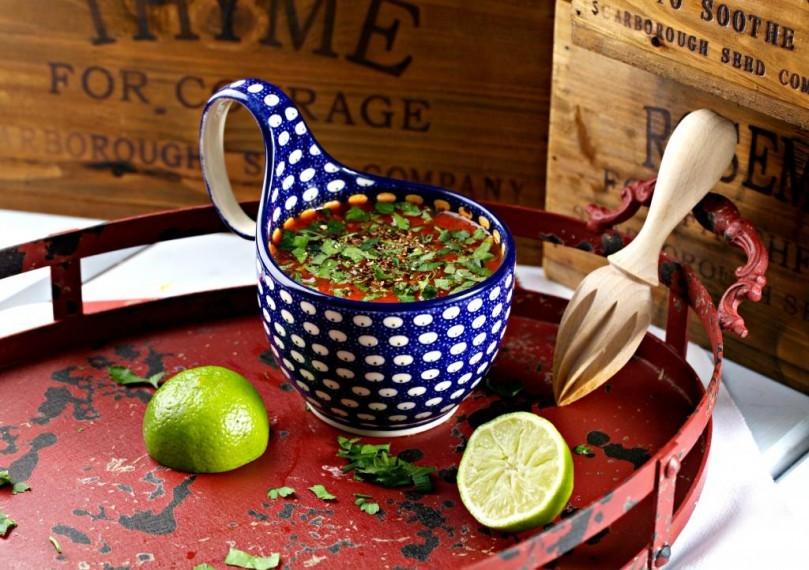 """Борщ  из книги """"Домашняя кухня"""" с моими фотографиями"""