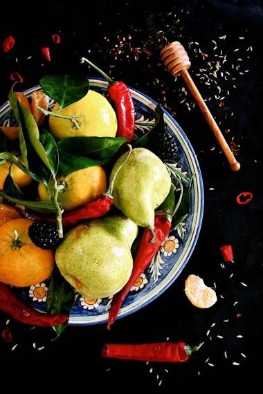 Домашняя приправа из цитрусовых, груш, ежевики и острого перца. Ядреная ;-)
