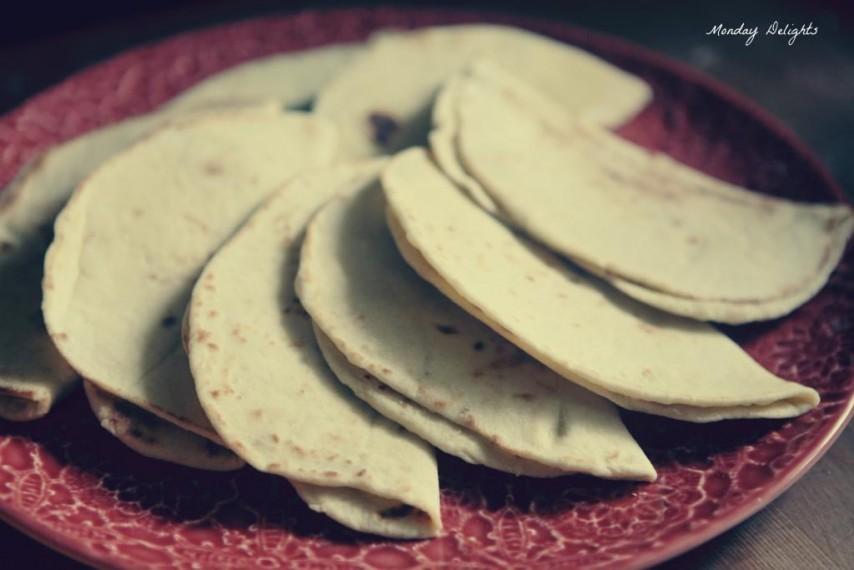 Лепешки на айране с картофелем и рукколой