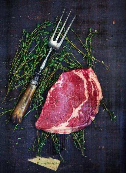 """Montreal steak spice  / Монреальская домашняя приправа для мяса и рыбы + 3 соуса : из красного вина,луковый и """"мужской"""" соус к мясу"""