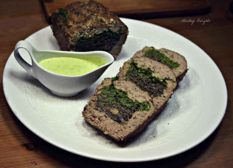 Мясной хлеб с подосиновиками и шпинатом