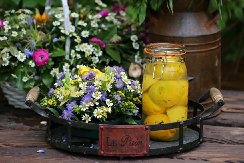 Маринованные с лавандой лимоны