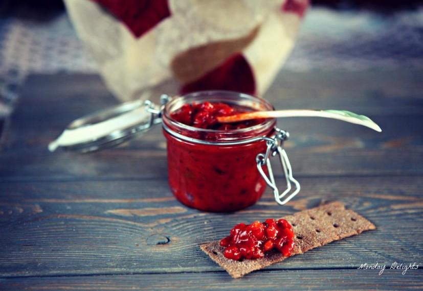 Соус из печеных перцев и помидор