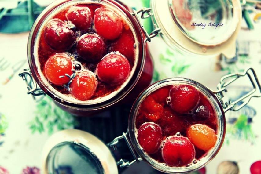 Варенье из черешни и абрикосов